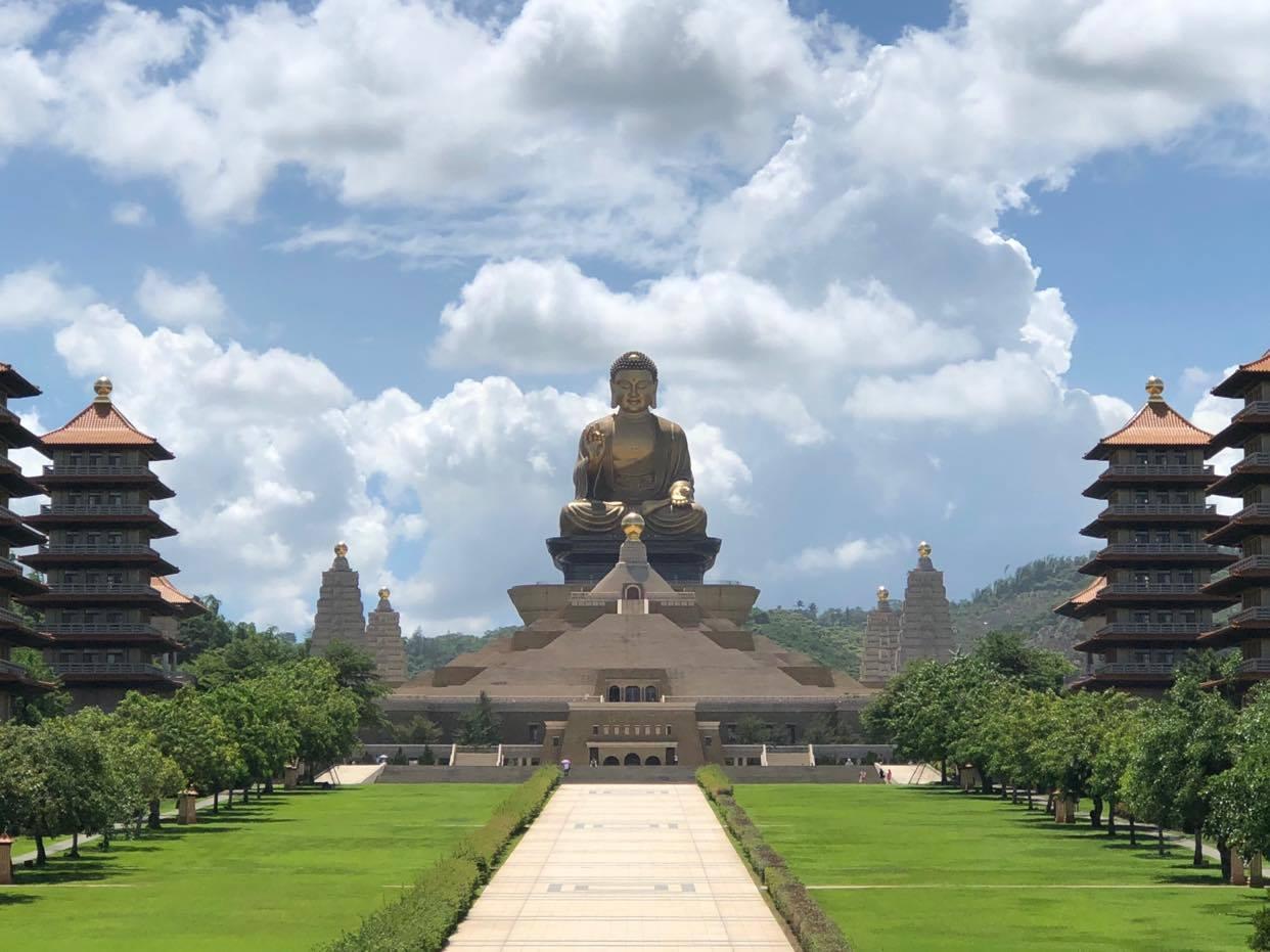 大神像的當代社會淵源:從佛光山佛館大佛談起